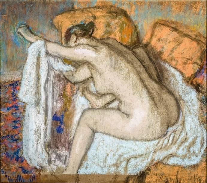 Mulher Enxugando o Braço Esquerdo (Após o Banho), do francês Edgar Degas