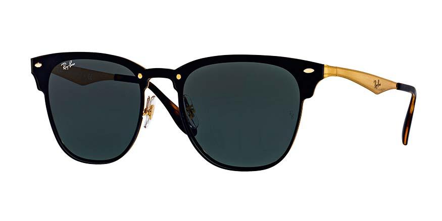 Óculos clubmaster, R$ 650,00 o par. Ray-Ban.