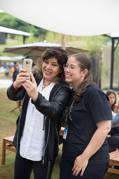 Roberta Miranda: cantora marcou presença e posou para selfies