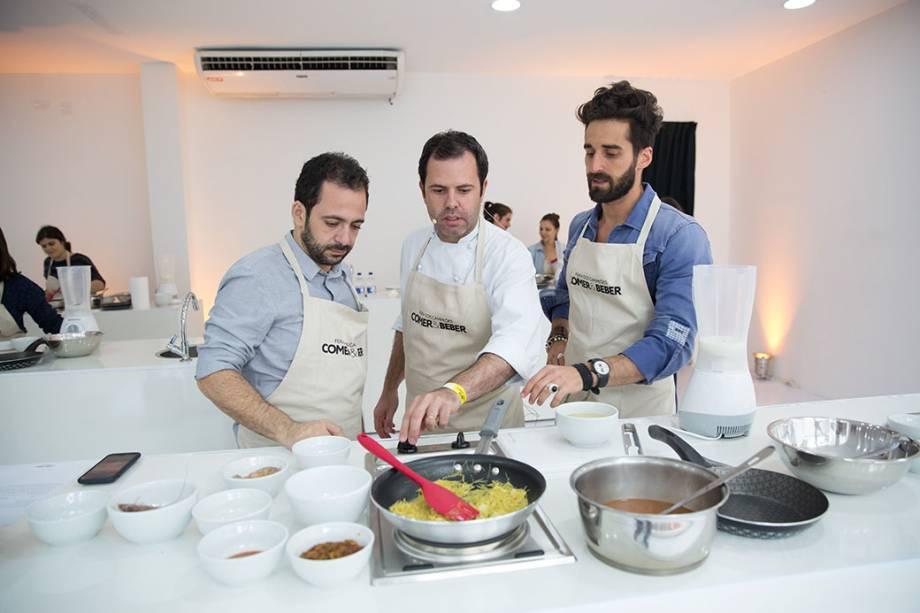 Oscar Bosch: chef do ano pelo guia VEJA COMER & BEBER deu uma aula de como preparar a receita de fideuá de frutos do mar