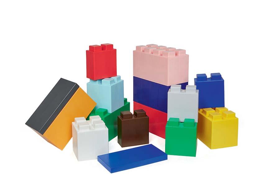 Blocos de plástico modulares, R$ 62,10 (30 cm x 15 cm) cada um. EverBlock.