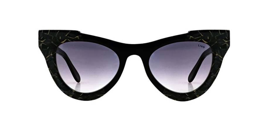 Óculos vintage de acetato italiano, R$ 499,00 o par. Livo.