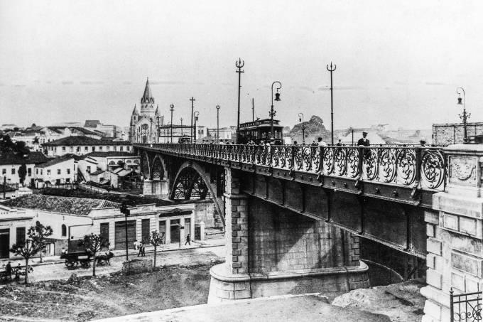 Viaduto Santa Ifigênia, em 1913.
