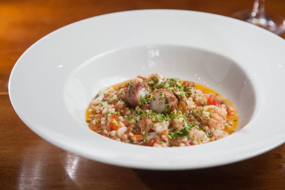 Fregula com frutos do mar do Mondo: massa típica da Sardenha, ilha italiana onde nasceu Loi