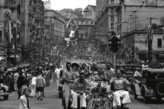 carnaval-na-av-so-joo-em-1936-foto-theodor-preising_38726228121_o.jpg