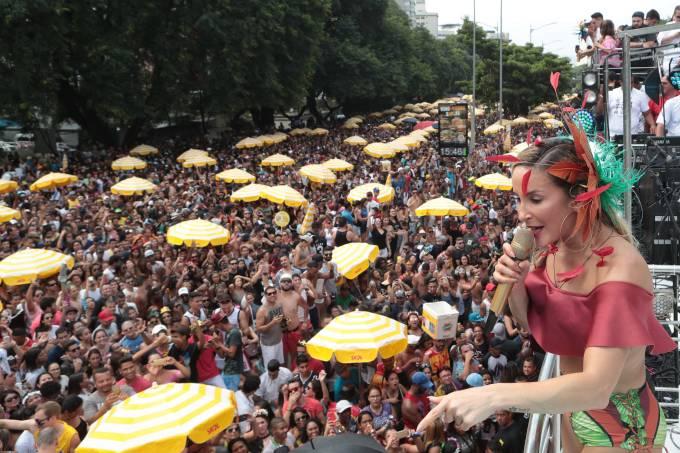 Claudia Leitte traz bloco Largadinho para São Paulo
