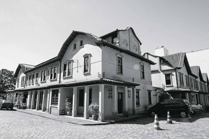 Casa na Vila dos Ingleses, onde residiam os engenheiros da São Paulo Railway, to.jpg
