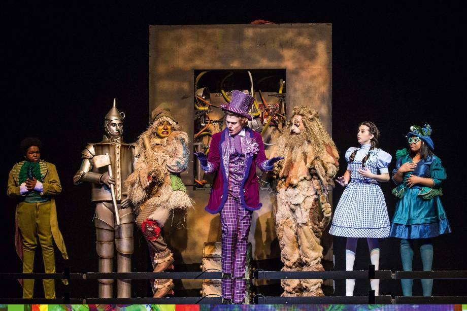 A história de Dorothy: efeitos como chuva de pétalas sobre a platéia