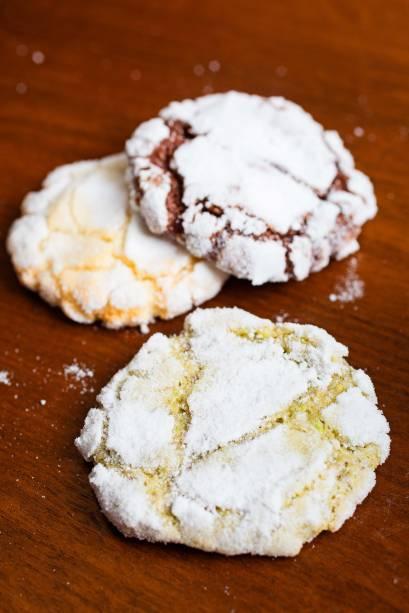 Biscoitos de amêndoa, gianduia e pistache