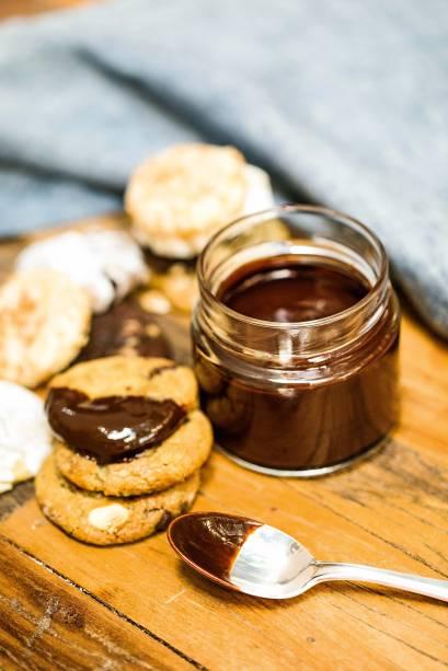 Fondue de chocolate com biscoitos