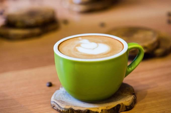 Cappuccino da cafeteria Um Coffee Co., no Bom Retiro.
