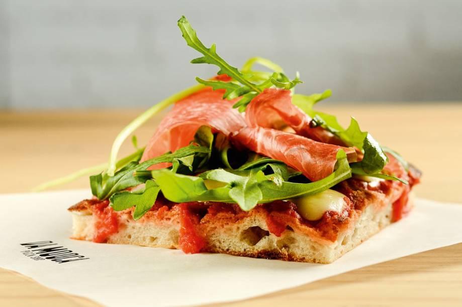 Da Mooca Pizza Shop: com ponto fixo em Pinheiros, casa serve uma pizza de presunto cru com mussarela e rúcula