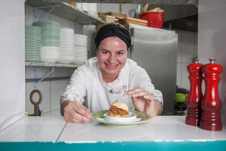Alessandra Ramos: dona e chef do Hilda Botequim