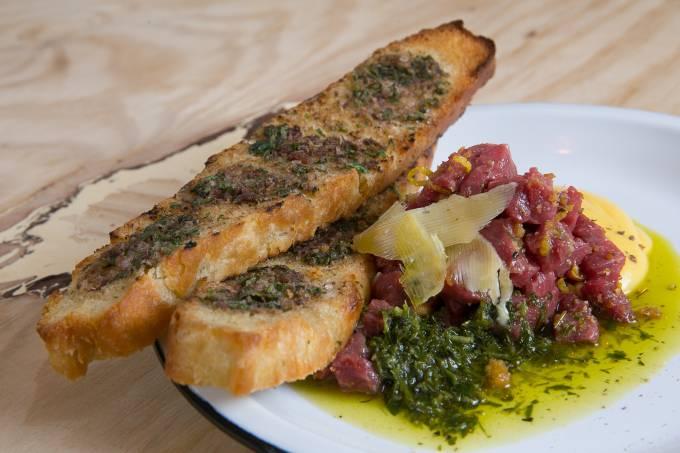 Carne crua Borgo