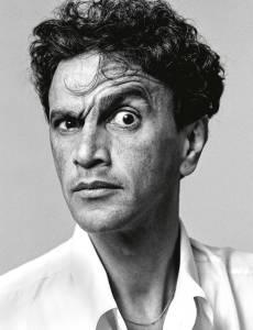 Caetano Veloso com sobrancelha levantada por Bob Wolfenson