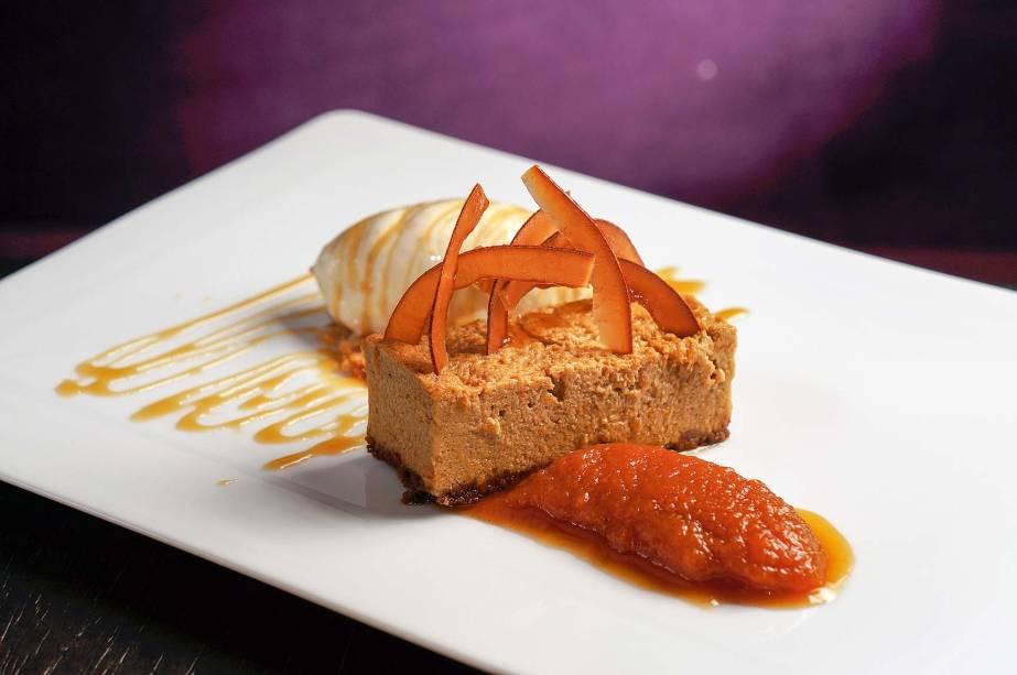 Cheesecake de abóbora: uma das glórias das confeitarias dos Estados Unidos ganha versão bem brasileira no restaurante