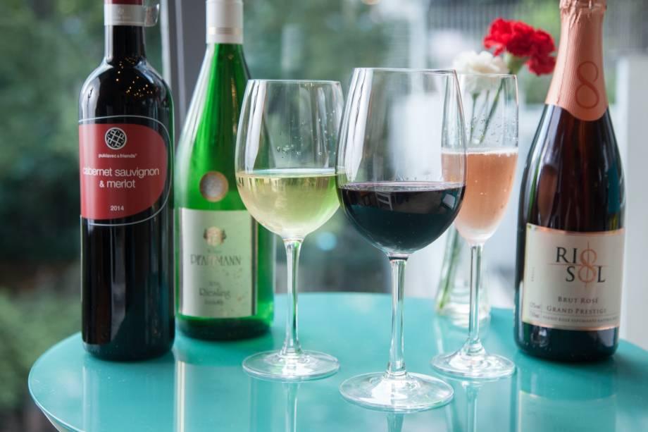 Rótulos servidos no Prosa e Vinho, no centro