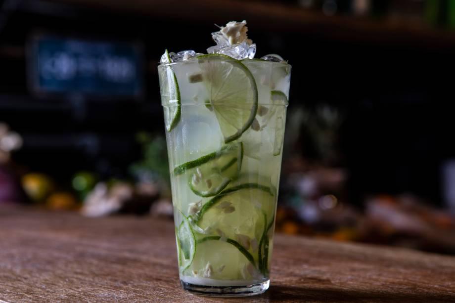 Caipirinhas: especialidade do bartender Souza, esta leva adição de gengibre