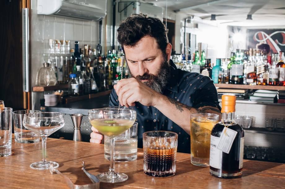 Alexandre D'Agostino: dono do Apothek, recebeu o título de bartender do ano no guia COMER & BEBER 2018/2019