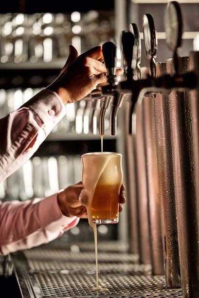 BEC Bar: cervejas nacionais percorrem as seis torneiras do local
