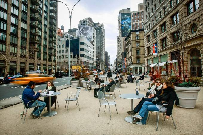 Broadway In Times Square To Become Pedestrian Walkway