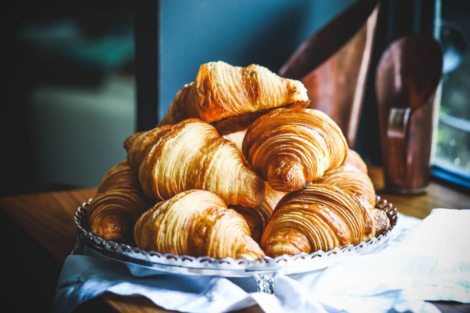 Os croissants, folhados como poucos da cidade