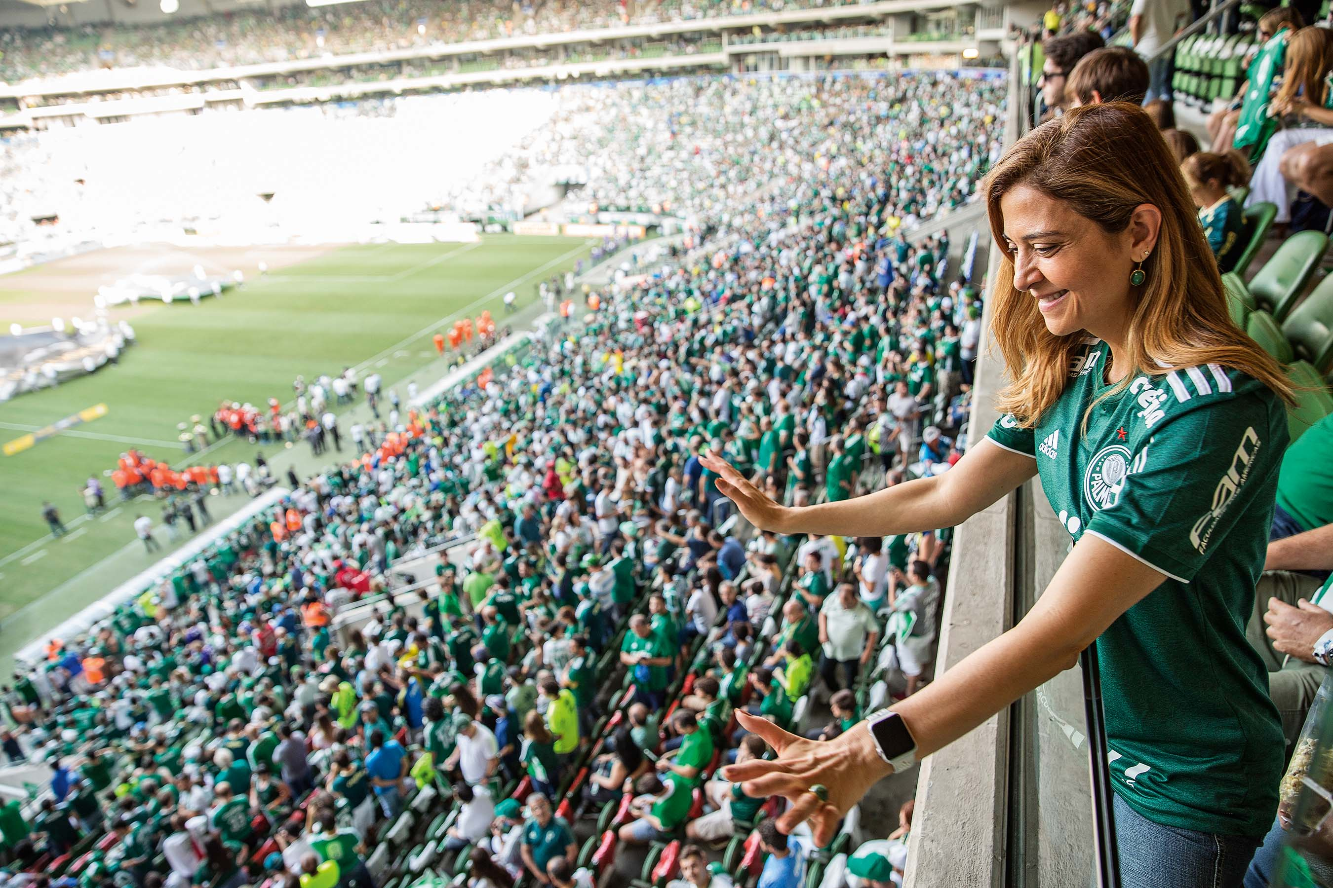 Pacote de reforços? Leila Pereira projeta seis contratações para o elenco do Palmeiras