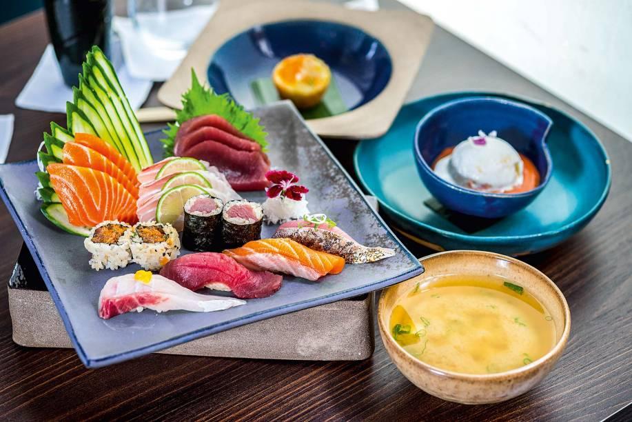 Combinado kohi: servido só no almoço durante a semana, com pedidas como sashimi de salmão, atum e robalo