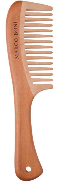 Pente de madeira com dentes médios (preço sugerido 17 reais)