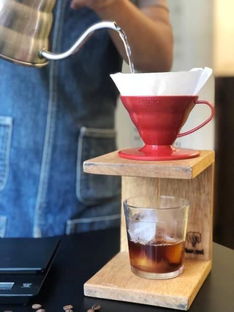 O coado: pode ser servidos num copo com gelo