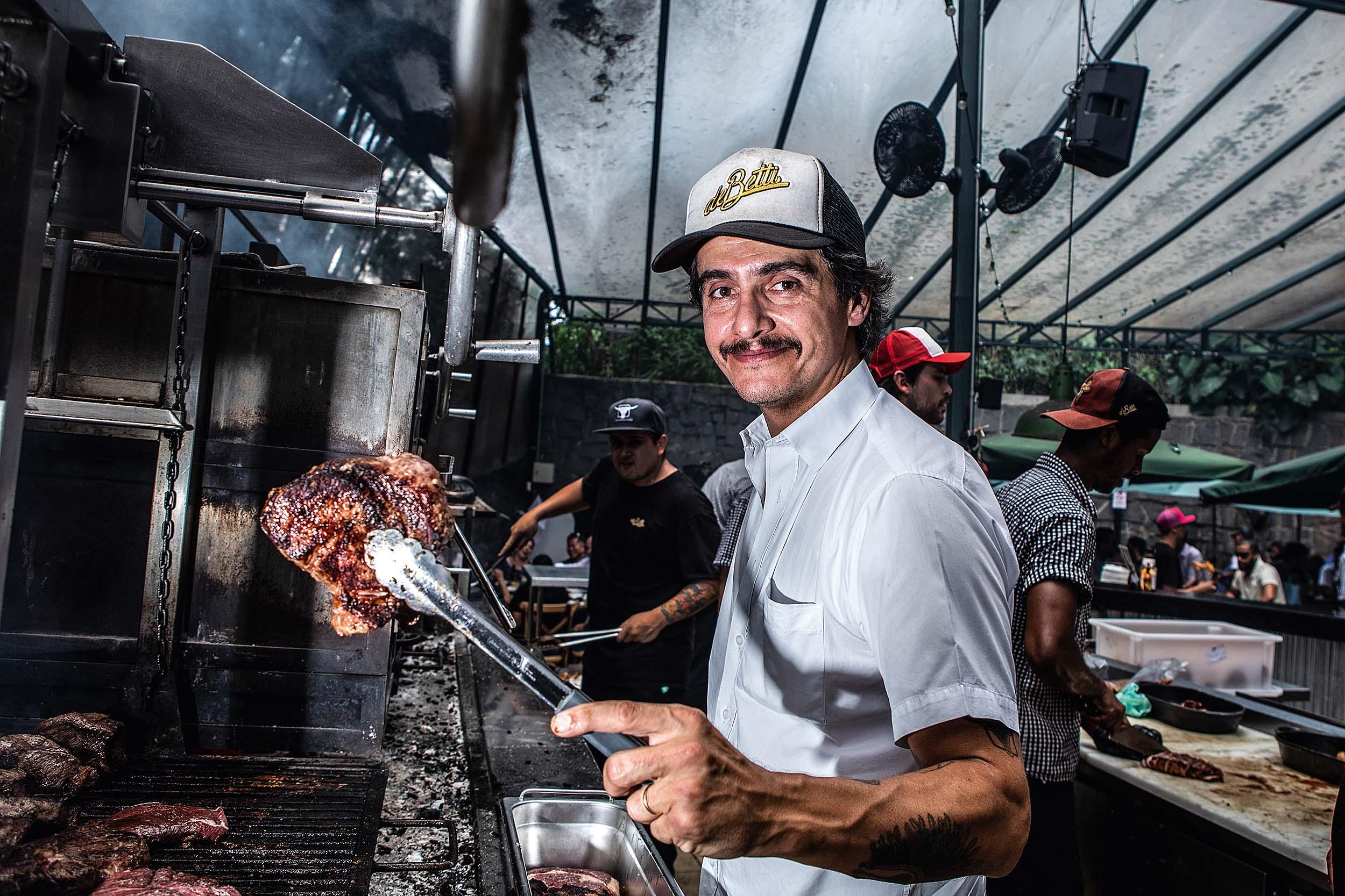 Rogerio Betti: o especialista em carnes comanda o Quintal e o açougue DeBetti Dry Aged