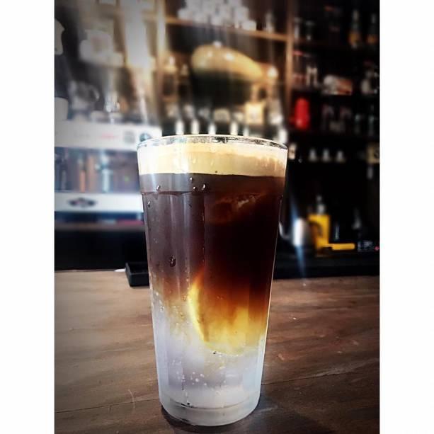 Gim-tônica com café: incrementado por expresso ou por coado