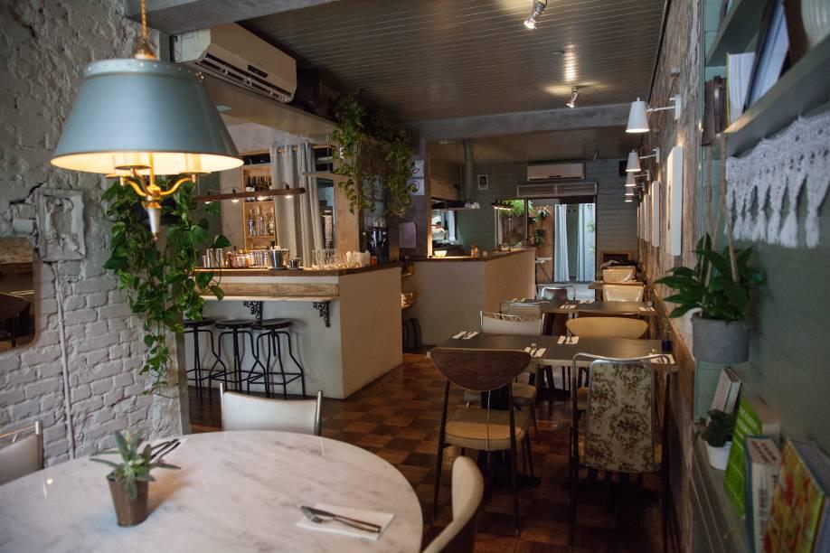 Ambiente: com pegada retrô, o espaço tem receitas focadas na culinária italiana