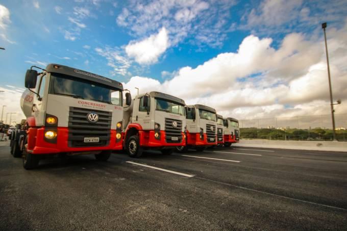 Prefeitura faz teste no viaduto da Marginal Pinheiros em SP