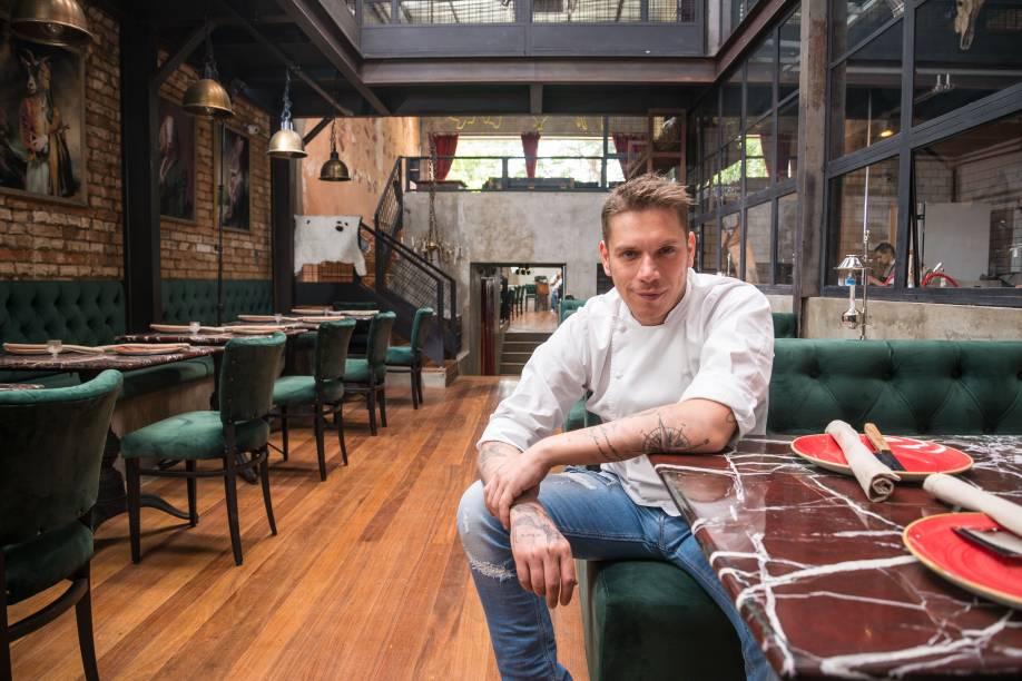 <span>Rodolfo De Santis: além de craque na cozinha, o chef se consolida como um empresário de sucesso</span>
