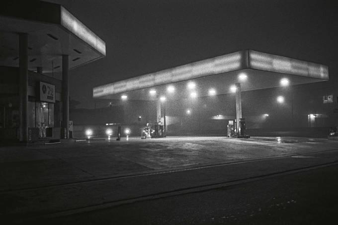 Posto de gasolina – São Paulo – 2000.jpg