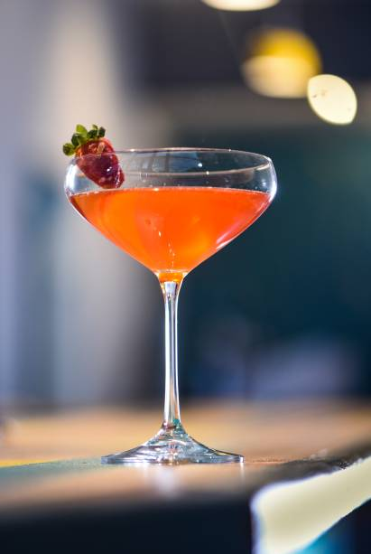 Strawberry splitz: brinca com o italiano Aperol spritz