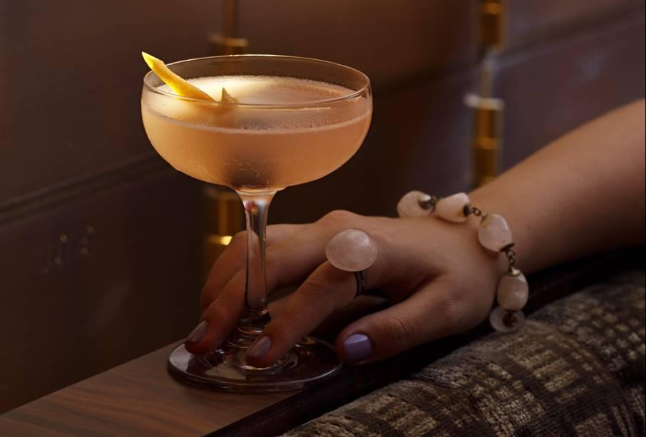Hemingway daiquiri: o drinque cítrico leva rum, grapefruit, limão-taiti, marasquino e cereja amarena