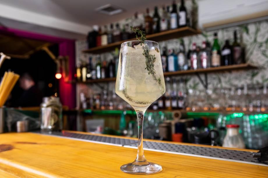 Sorrento: gim-tônica com toque de limoncello