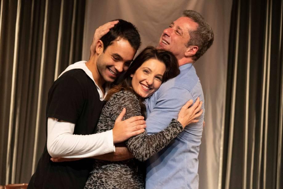 Quando Tudo Estiver Pronto: Filipe Ribeiro, Patricia Pichamone e Otávio Martins
