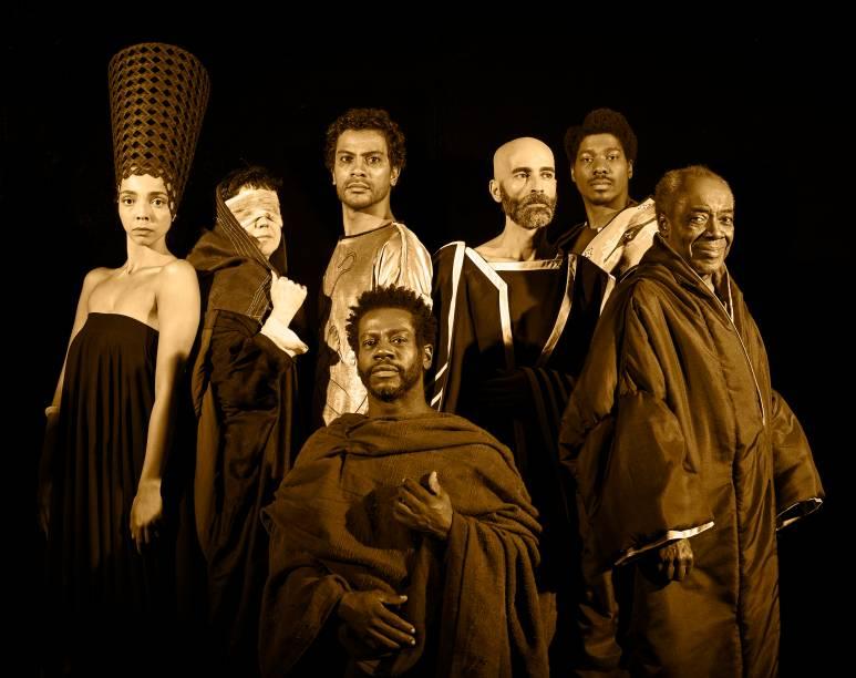 Tutankáton: o elenco da peça dirigida por Mika Lins
