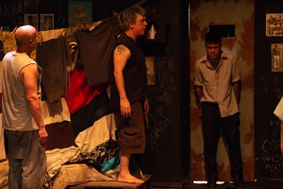 Barrela: Bortolotto interpreta Bereco, o chefe da cela