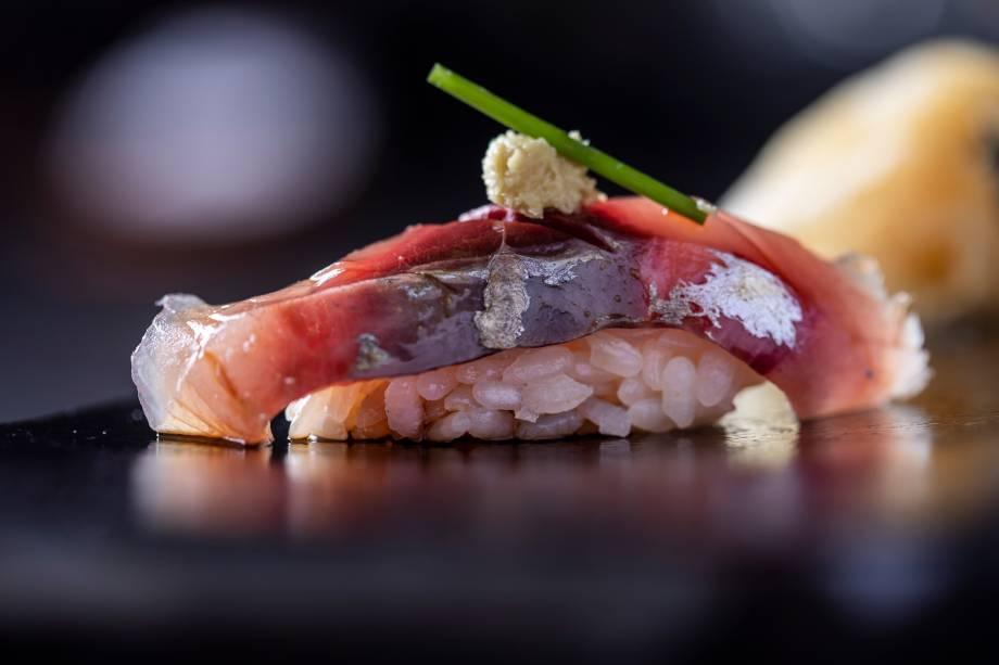 Niguiri: recebe peixes como o carapau com gengibre