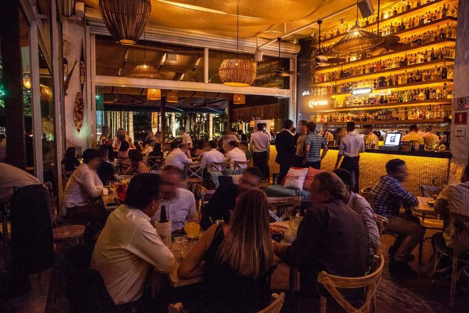 O bar, na Vila Olímpia: sempre badalado
