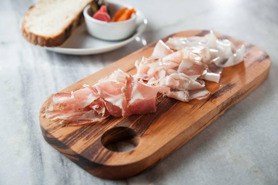 Carnes curadas: papada, pancetta, copa e lardo