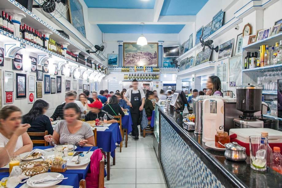 Acrópolis: restaurante grego mais antigo da cidade