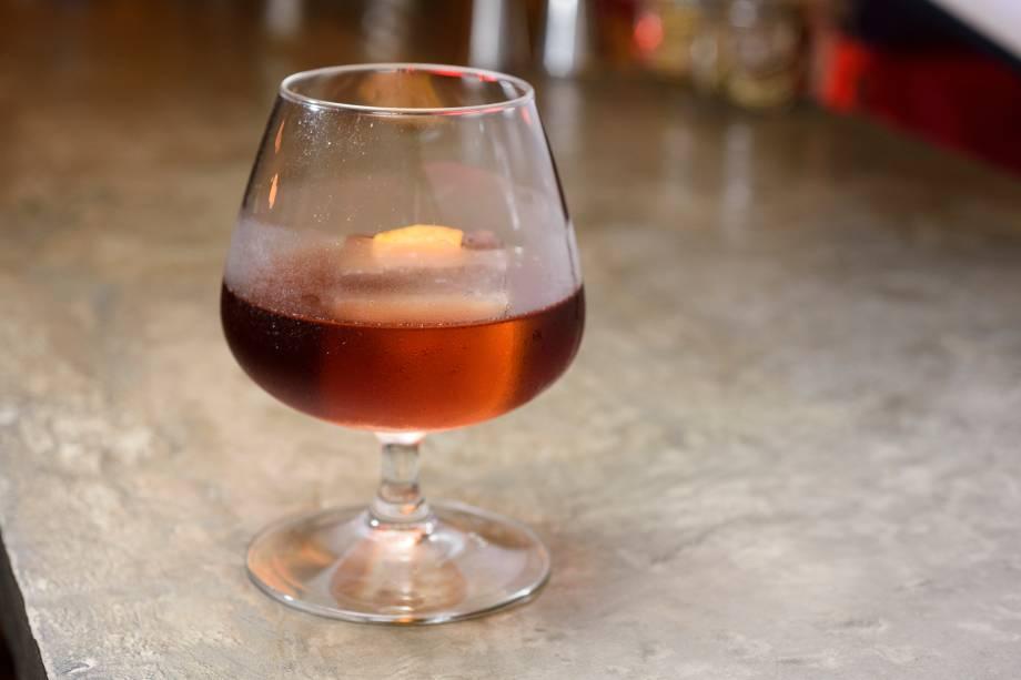Lulone: bourbon Amaro averna, fernet branca, marasquino e bitter