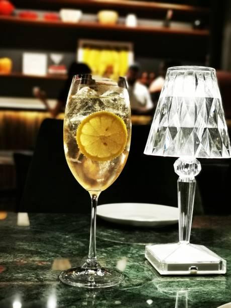 Porto-tônica: drinque para se tomar no lounge externo