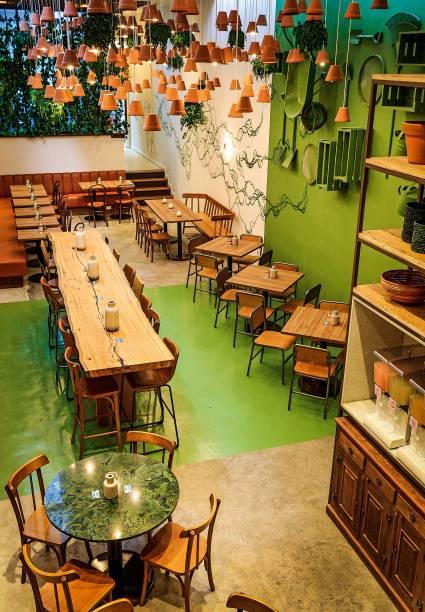 Greentable: espaço moderno com horta hidropônica