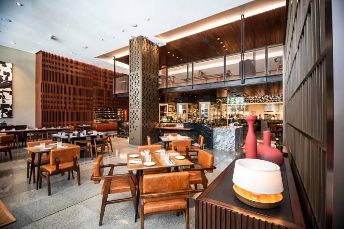 Neto Restaurante Four Seasons